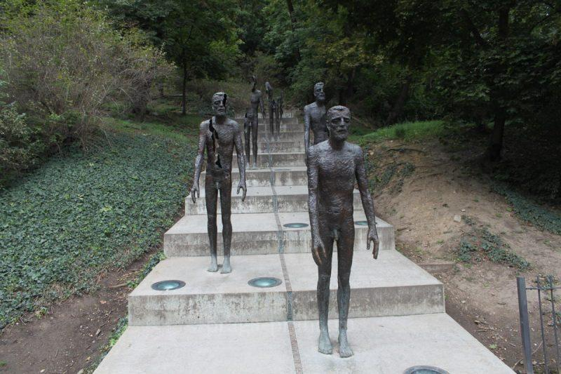 Памятник жертвам коммунизма 5