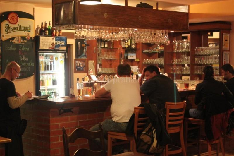 Пивная У принца Мирослава - барная стойка