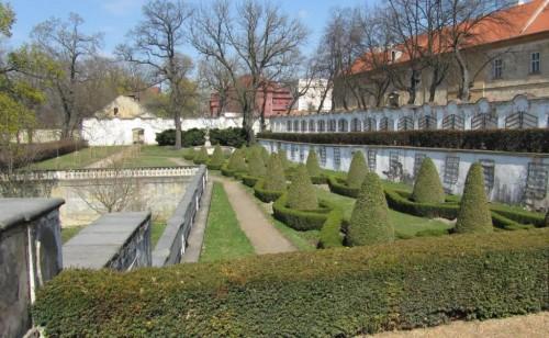 Замок Духцов - сады