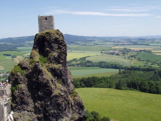 Замок Троски - башня