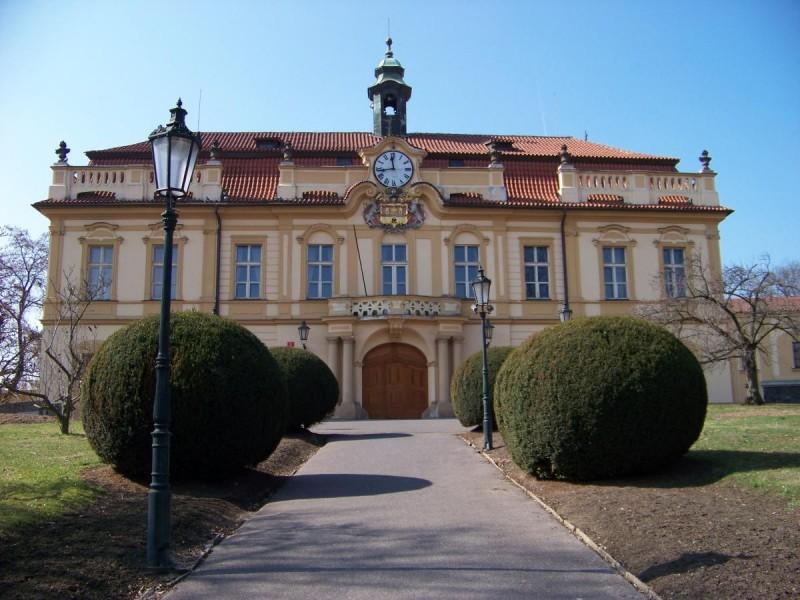 Либенский замок - главный вход