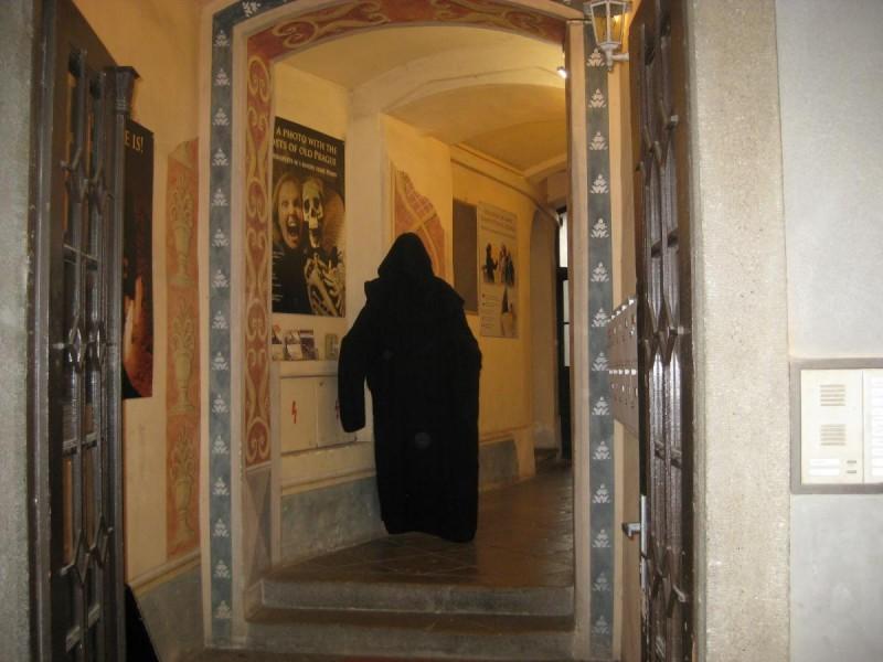 Музей призраков - вход