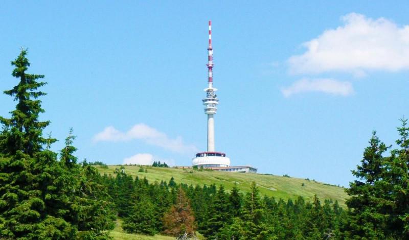 Гора Прадед с обзорной башней