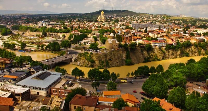 Как добраться из Тбилиси в Прагу