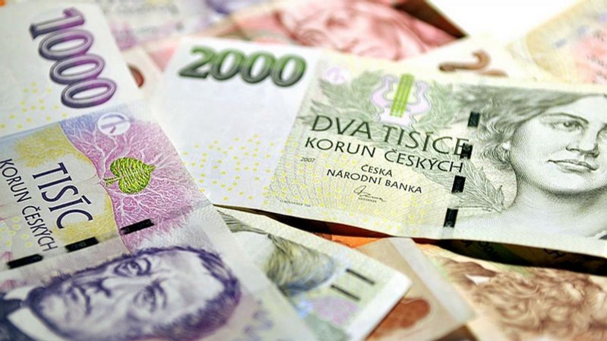 две чешские за деньги