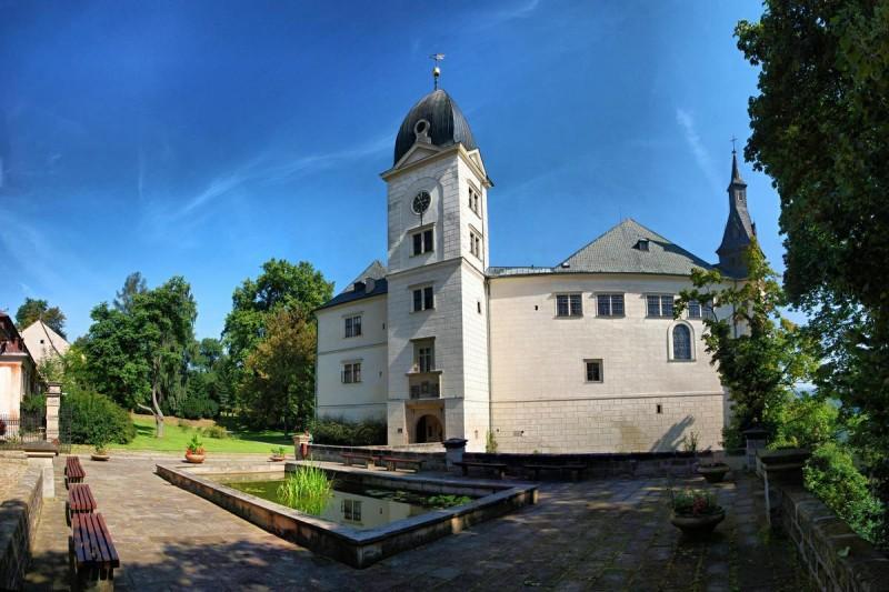 Замок Грубый Рогозес