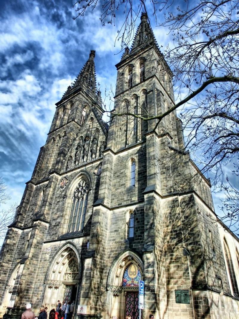 Костел Святой Людмилы 3