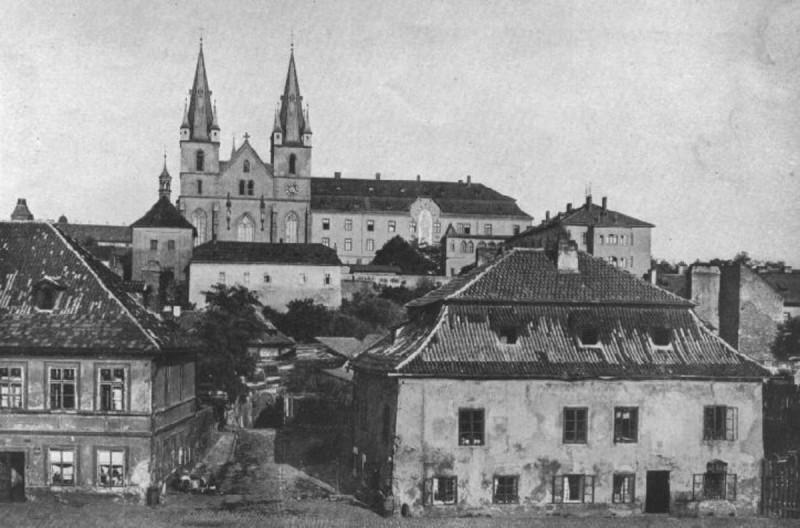 Эммаусский монастырь - история