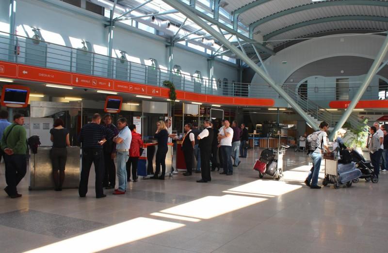 Аэропорт Карловы Вары - зал 2