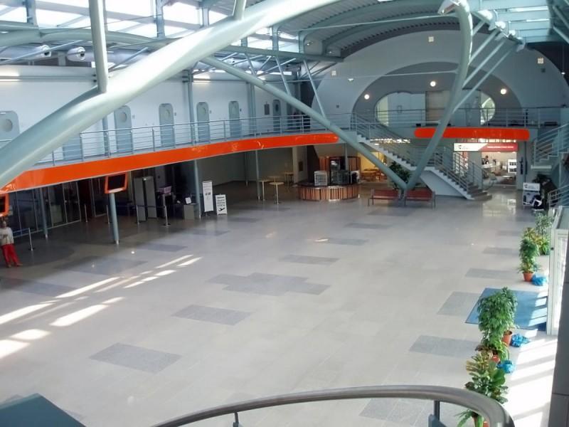 Аэропорт Карловы Вары - зал