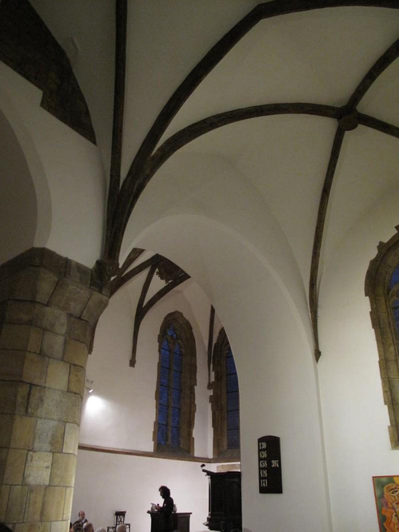 Костел святого Мартина в стене 7