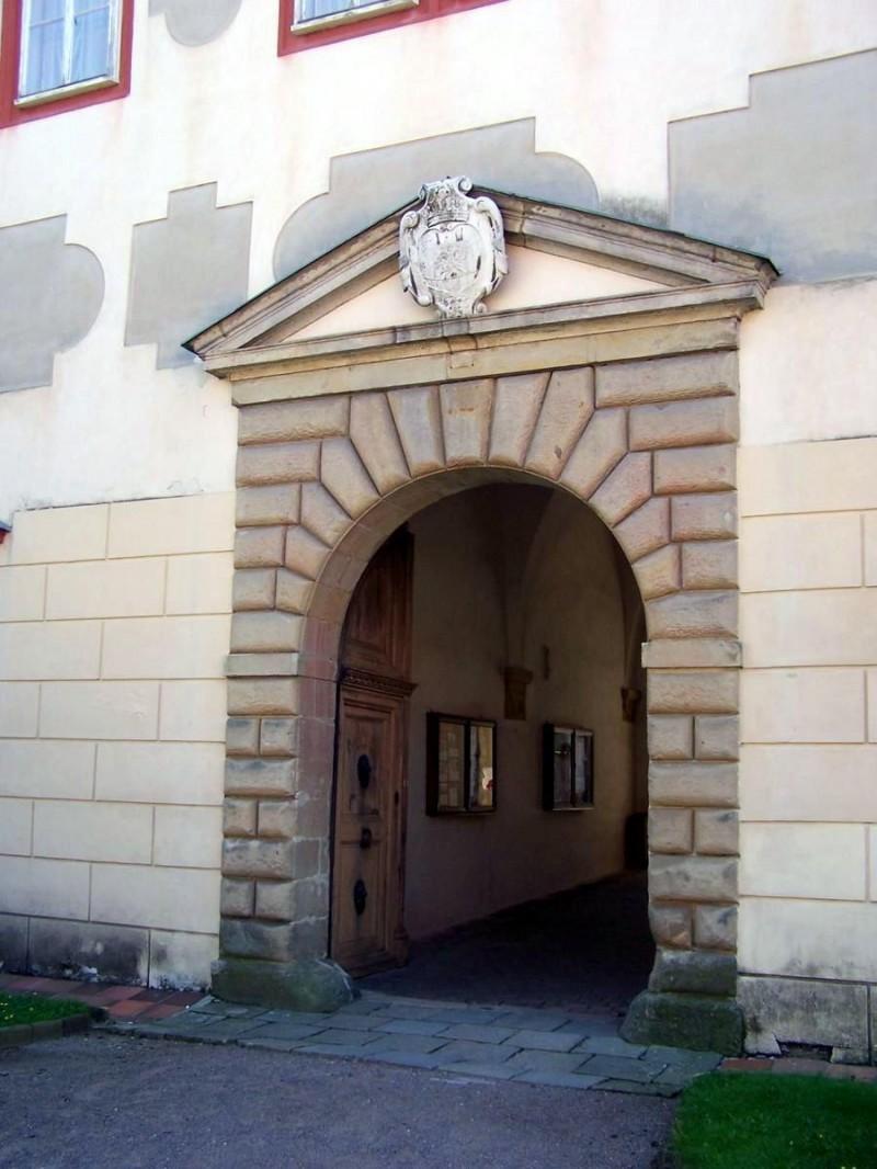Замок Опочно 4