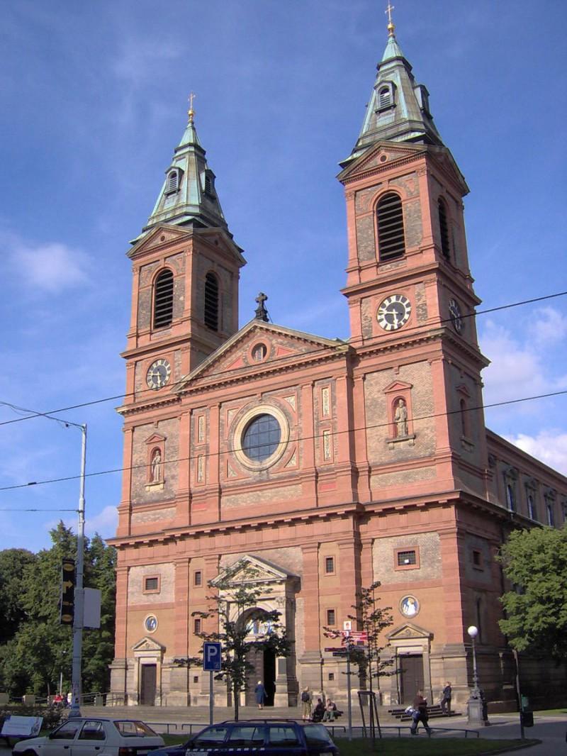 Костел Святого Вацлава в Смихове 3