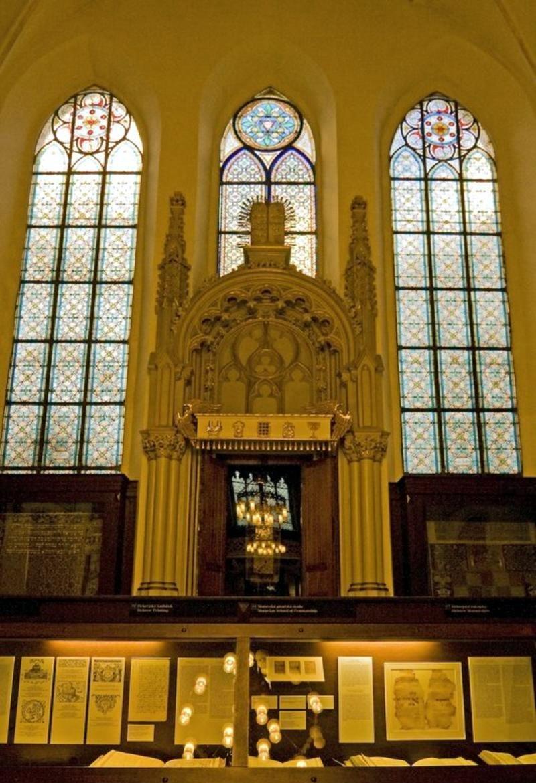 Майзелова синагога 9