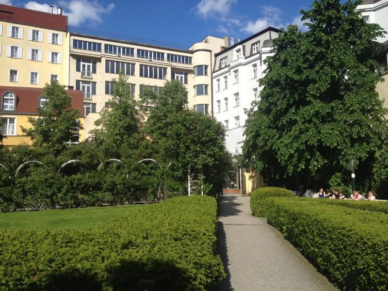 Франтишканский сад 3