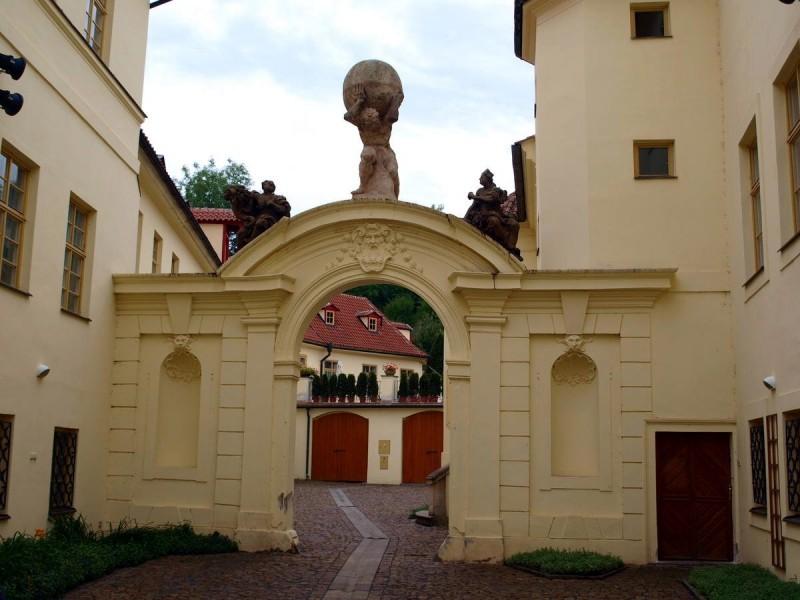 Вртбовский дворец 6