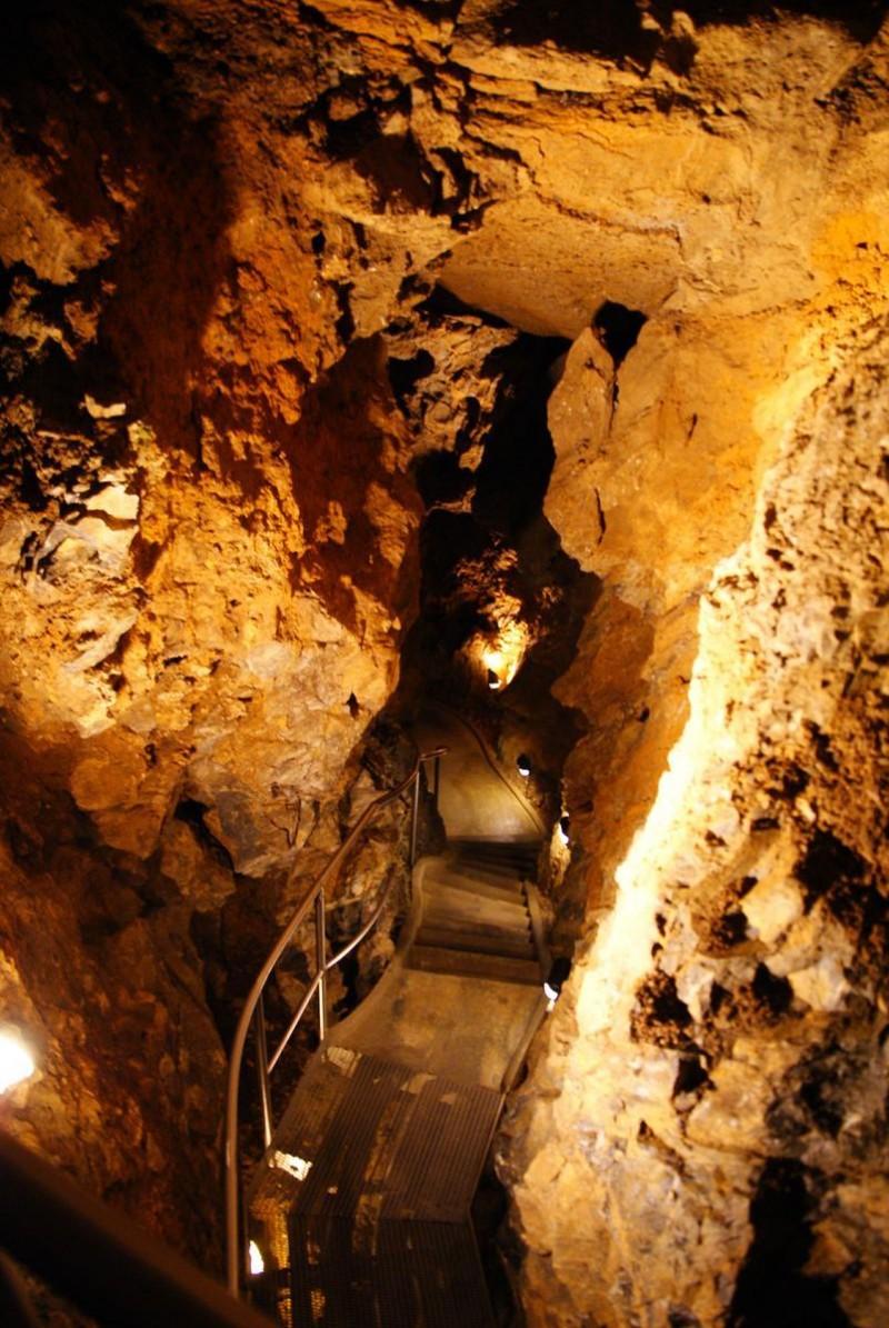Збрашовске арагонитове пещеры