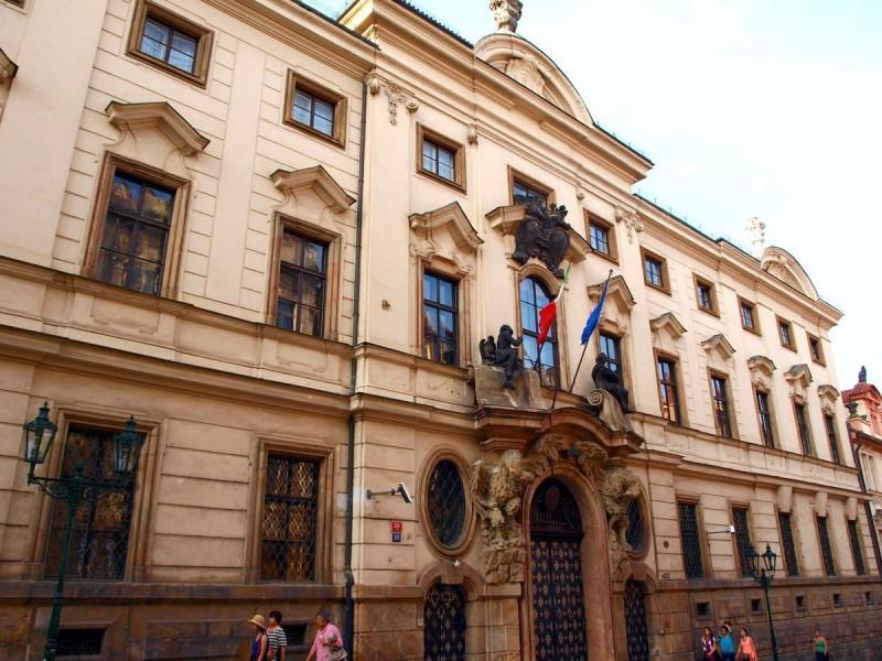 Коловратский дворец 2