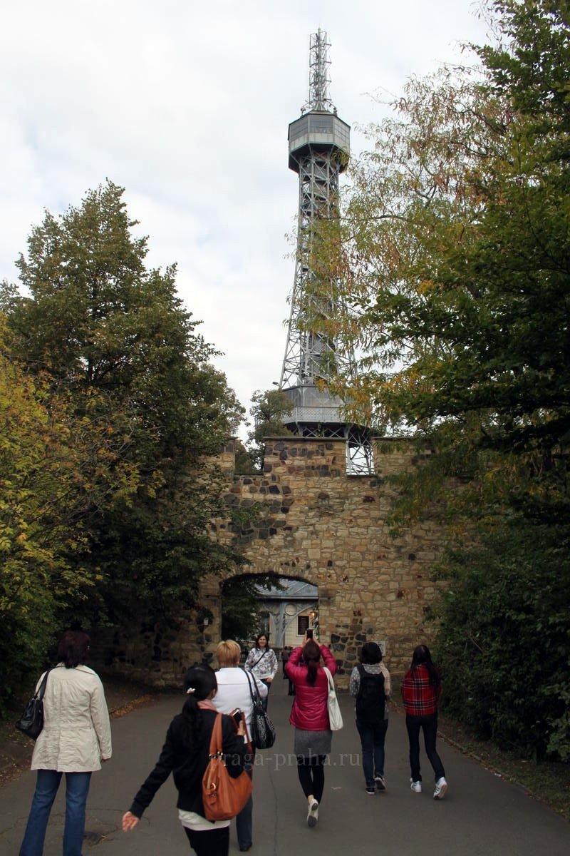 Петршинская башня 1