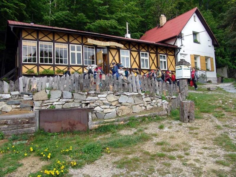 Пещеры на Шпичаку - служебное здание