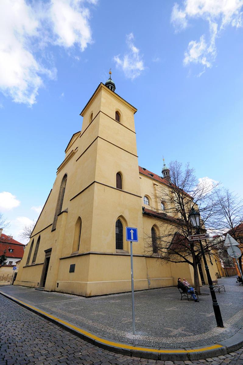 Костел святого Гаштала 2