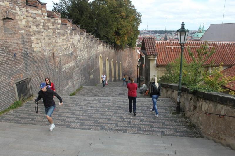 Замковая лестница 2