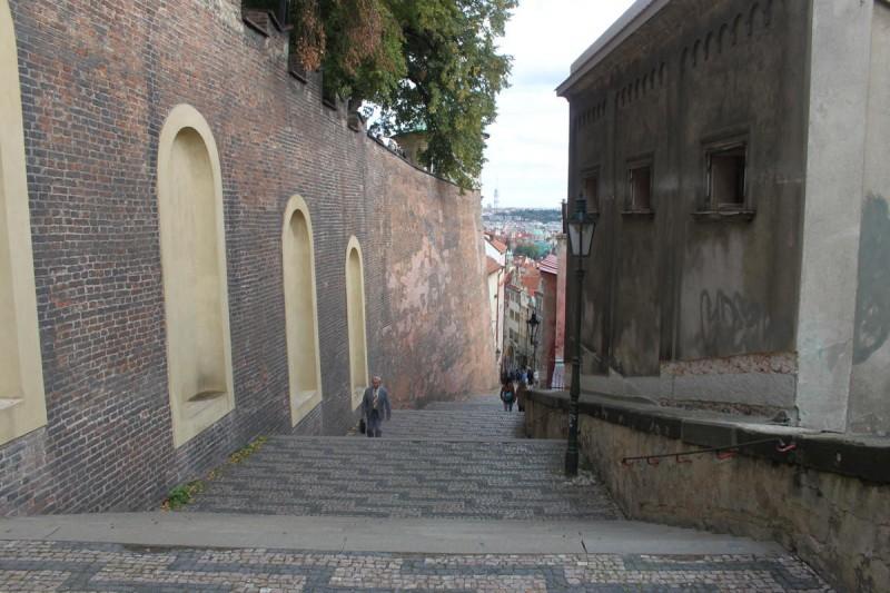 Замковая лестница 3