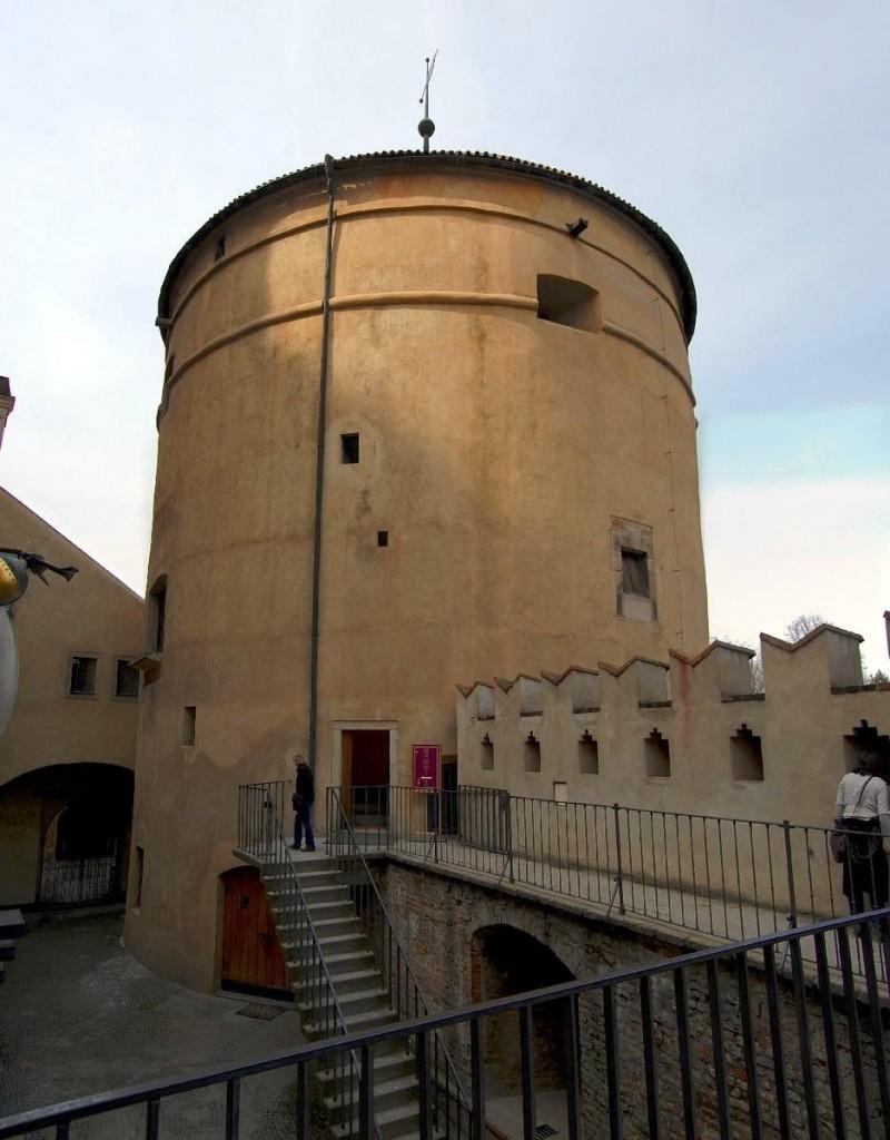 Пороховая башня Мигулка 2