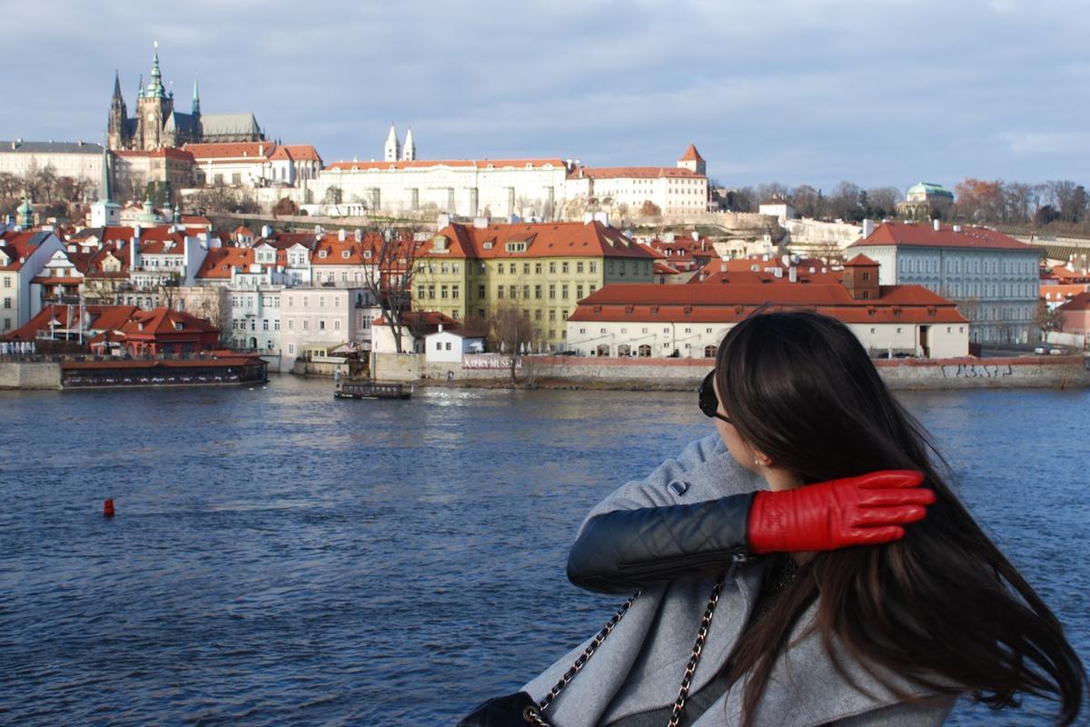 Чешские деушки дают за деньги 4 фотография