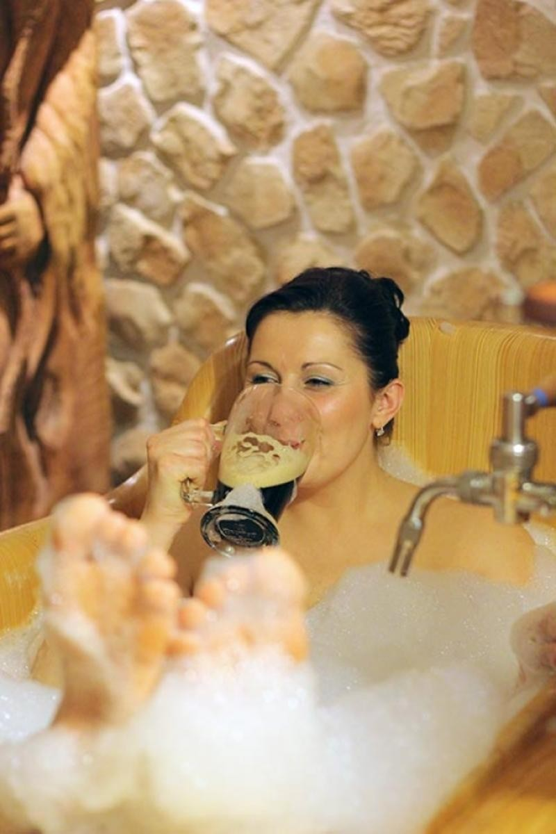 GRAND RELAX 1 Винные и пивные спа в Праге Винные и пивные спа в Праге GRAND RELAX 1 800x1200