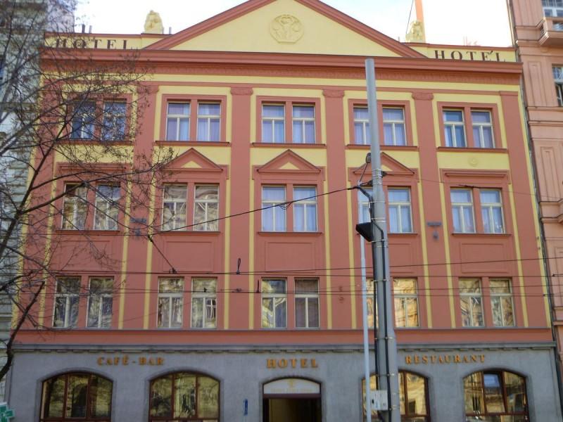 Отель Zlatá Váha 1