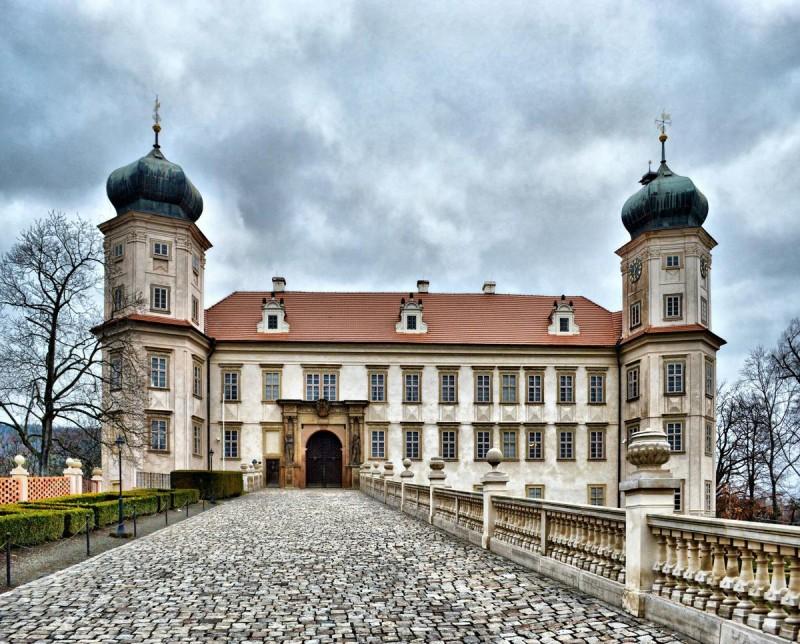 Замок Мнишек-под-Брди 4