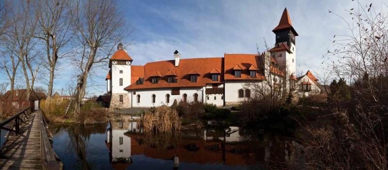 Замок Червены Уезд 1