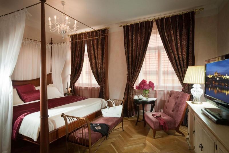Mamaison Suite Hotel Pachtuv Palace 3