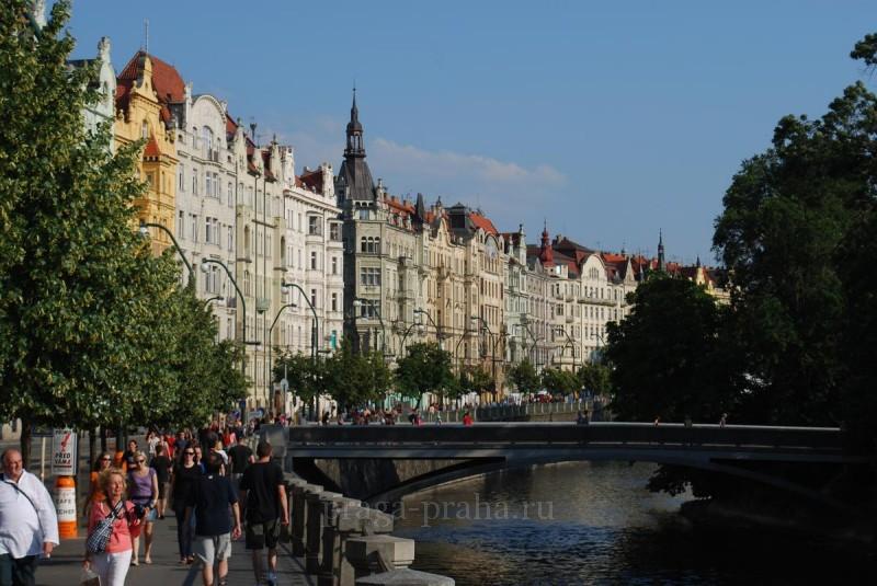 Прага транзитом