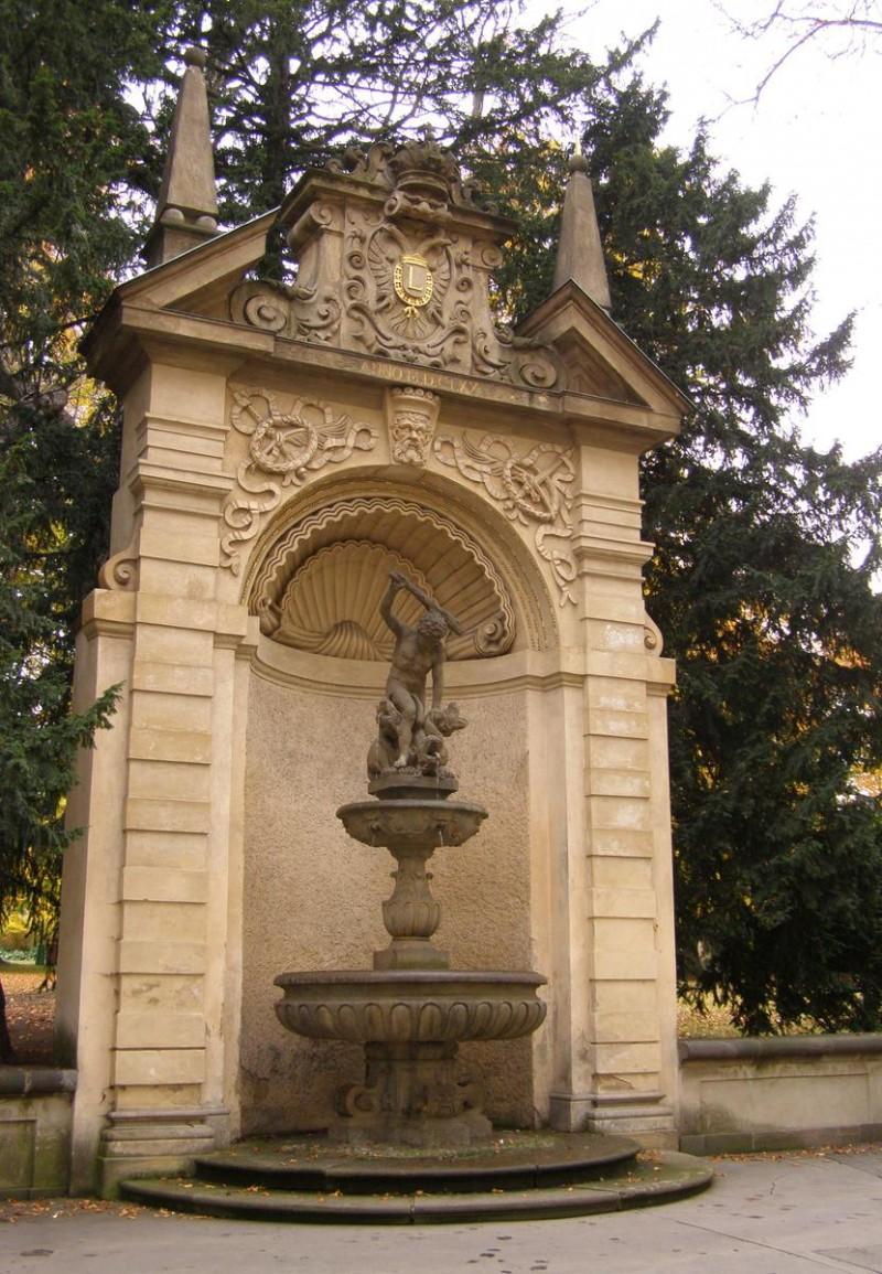 Геркулесов фонтан 4