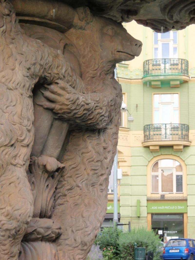 Медвежий фонтан 1