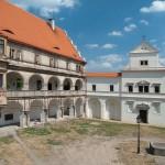 Замок Бела-под-Бездезем 1
