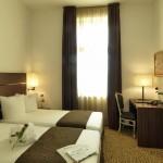 Отель Assenzio 11