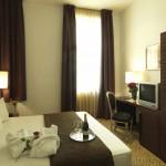 Отель Assenzio 12