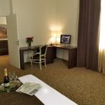 Отель Assenzio 7