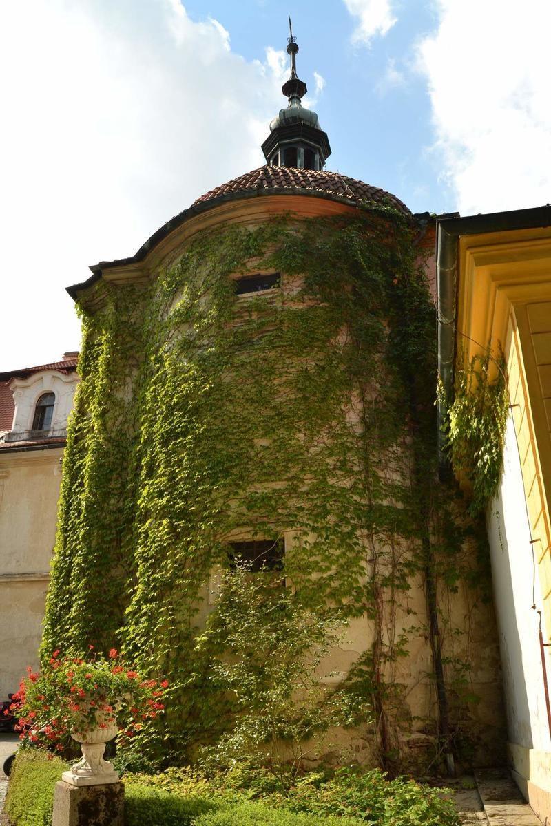 Замок Емниште 5
