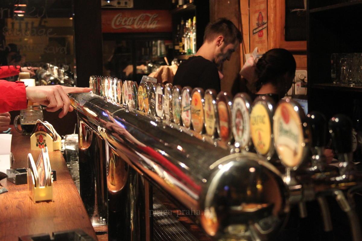10 лучших пивных ресторанов и баров Праги – где отведать знаменитого Чешского пива 1