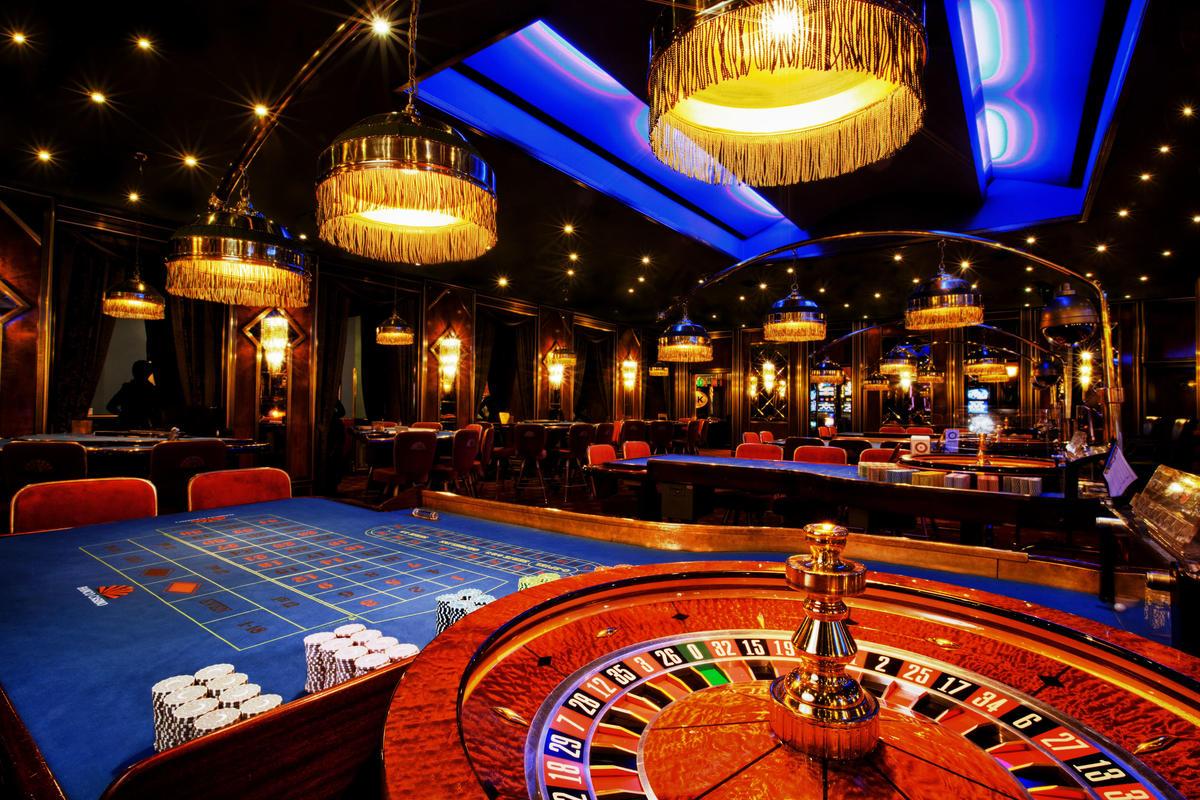 Картинки по запросу Игровое казино Вулкан Гранд