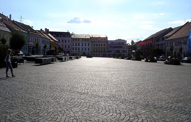 karlova-ploshhad-trshebich